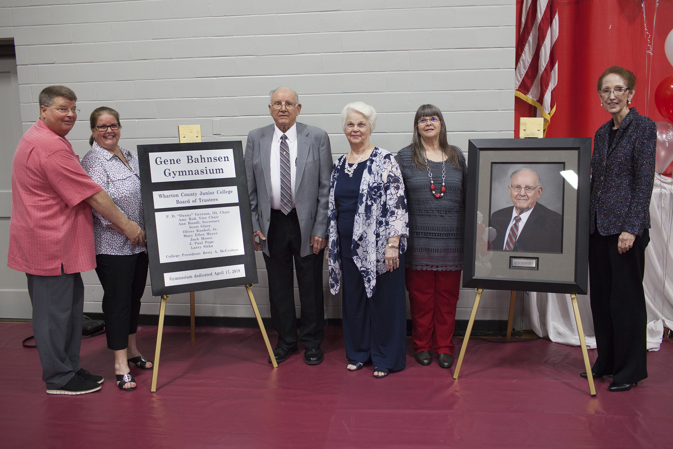 GENE BAHNSEN GYMNASIUM - WCJC names gym in honor of longtime athletic director and coach - plaque